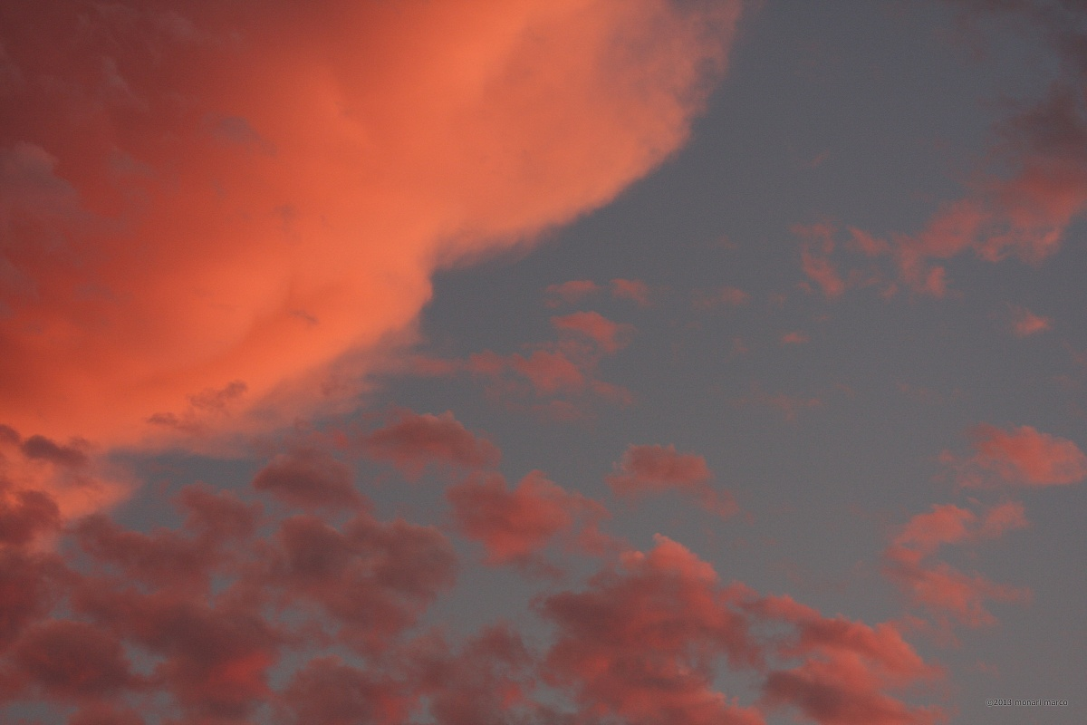 Luce al tramonto - Territorio sito nel Comune di San Bartolomeo in Galdo BN Italy.